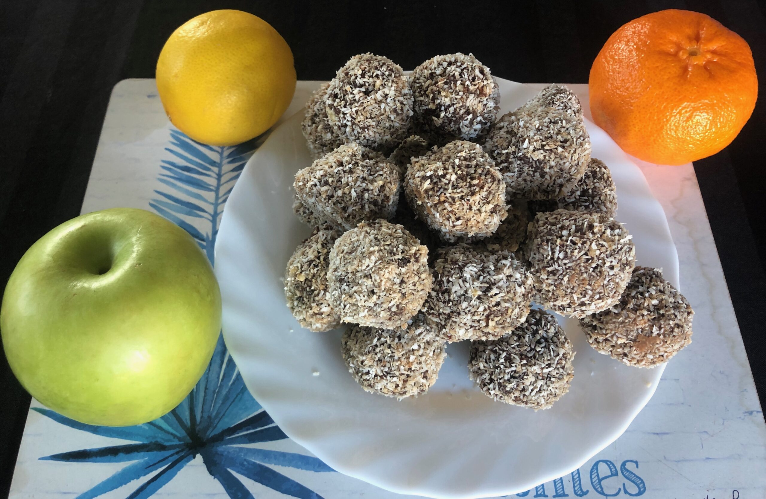 new life elements, home made date and almond protein balls cranberries,coconut oil, cacao powder,home chef, protein date balls,raw almond balls, vegan recipes